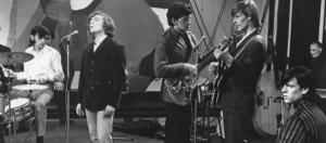 Van Morrison con Them en Baby Please Don't Go